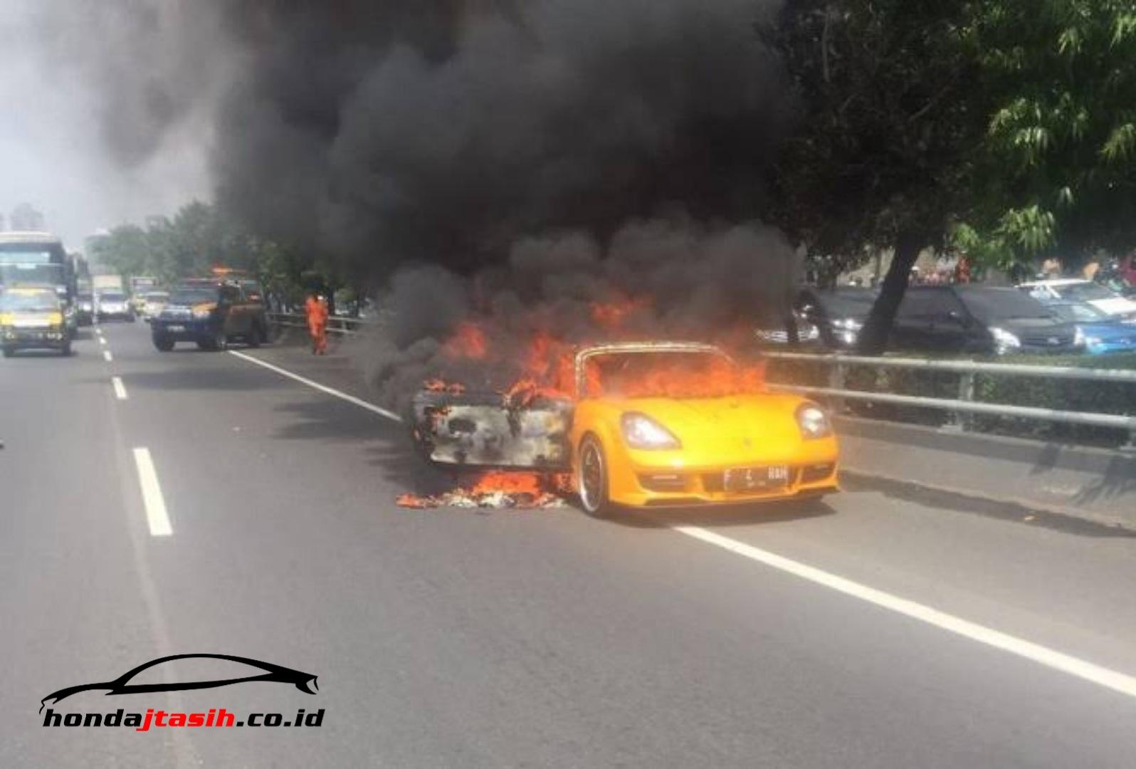 TIPS! Ini Cara Cegah Mobil Terbakar