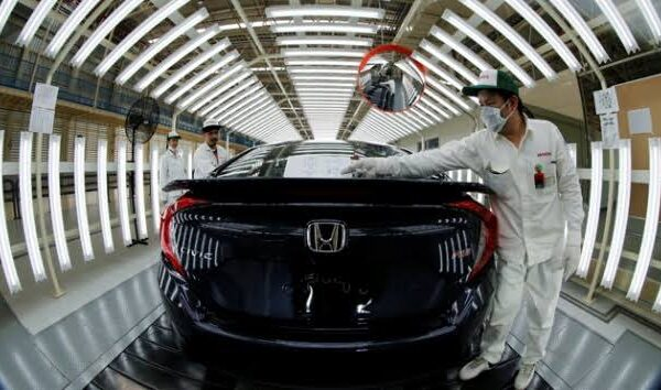 NEWS! hondajtasih.co.id - Honda Maksimalkan Produksi di Tengah Gangguan Pasokan Komponen untuk Penuhi Permintaan Konsumen
